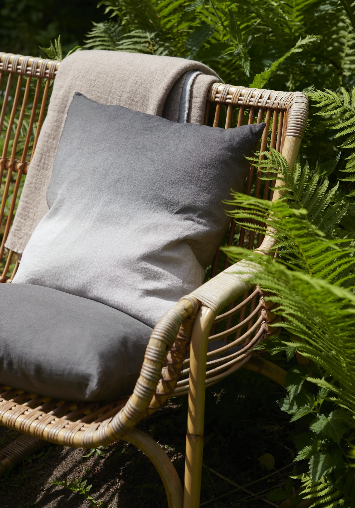 &Tradition Collect Cushion SC30 Cloud and Slat Linen Indigo