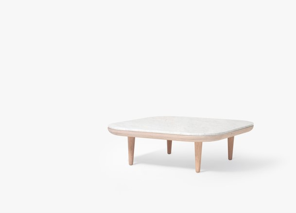 &Tradition Fly table SC4 SC9 eiken en wit marmer
