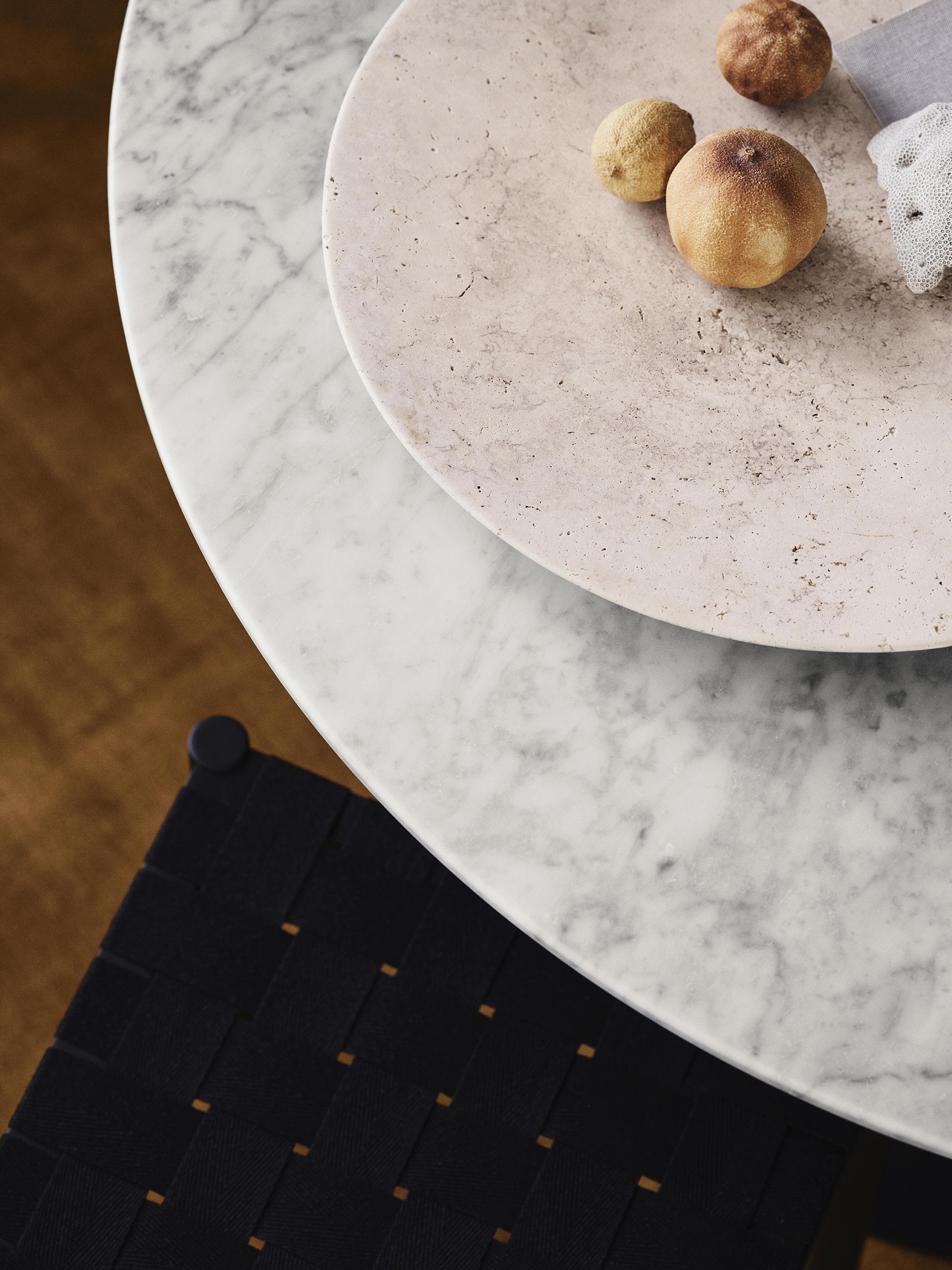 &Tradition In Between SK18 Table Top Bianco Carrara