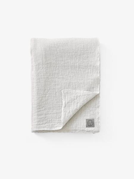 &Tradition Collect Blanket SC34 Cloud & Milk Merino