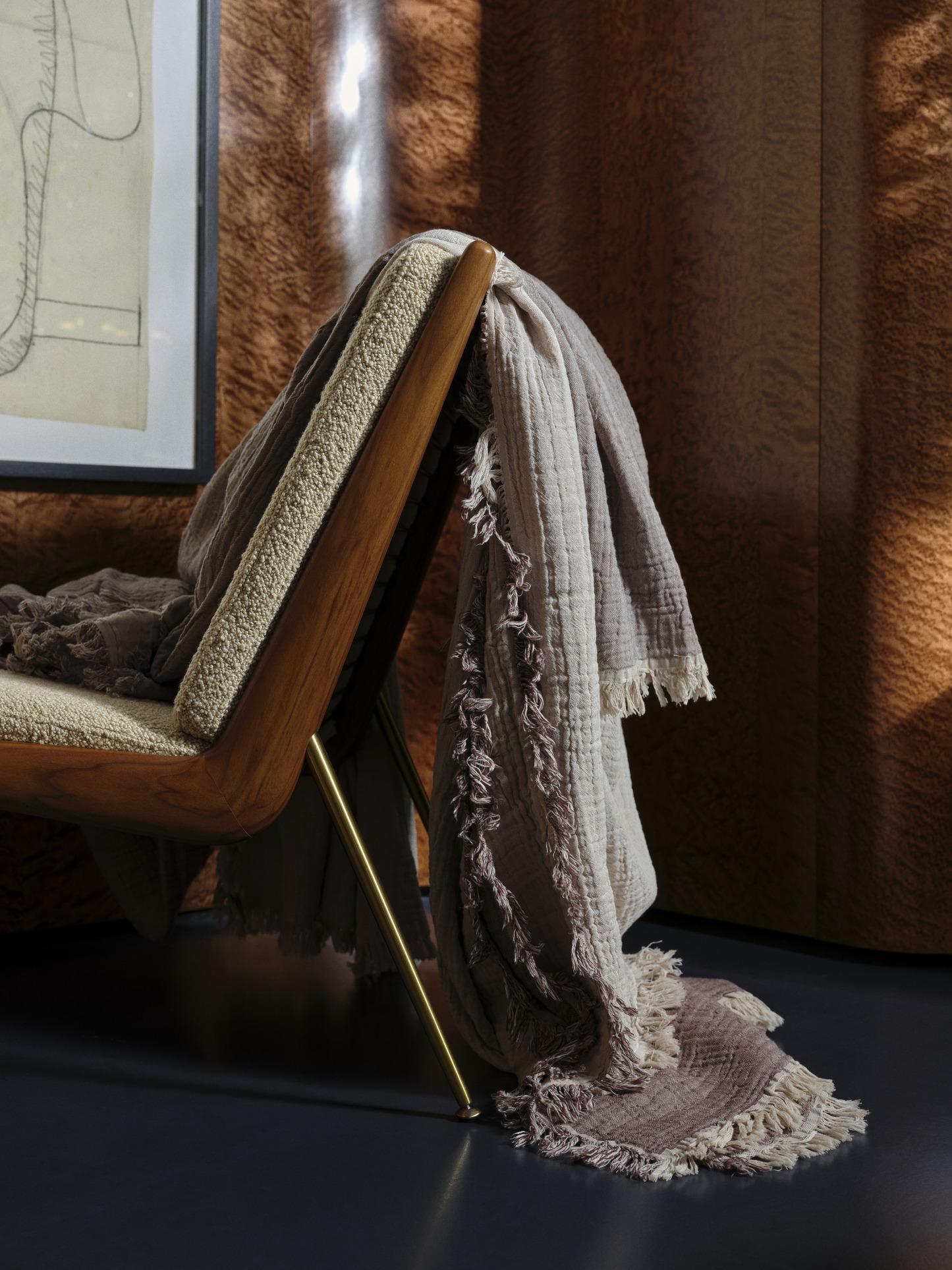 &Tradition Boomerang Cushion Set HM1 HM2 loop cream