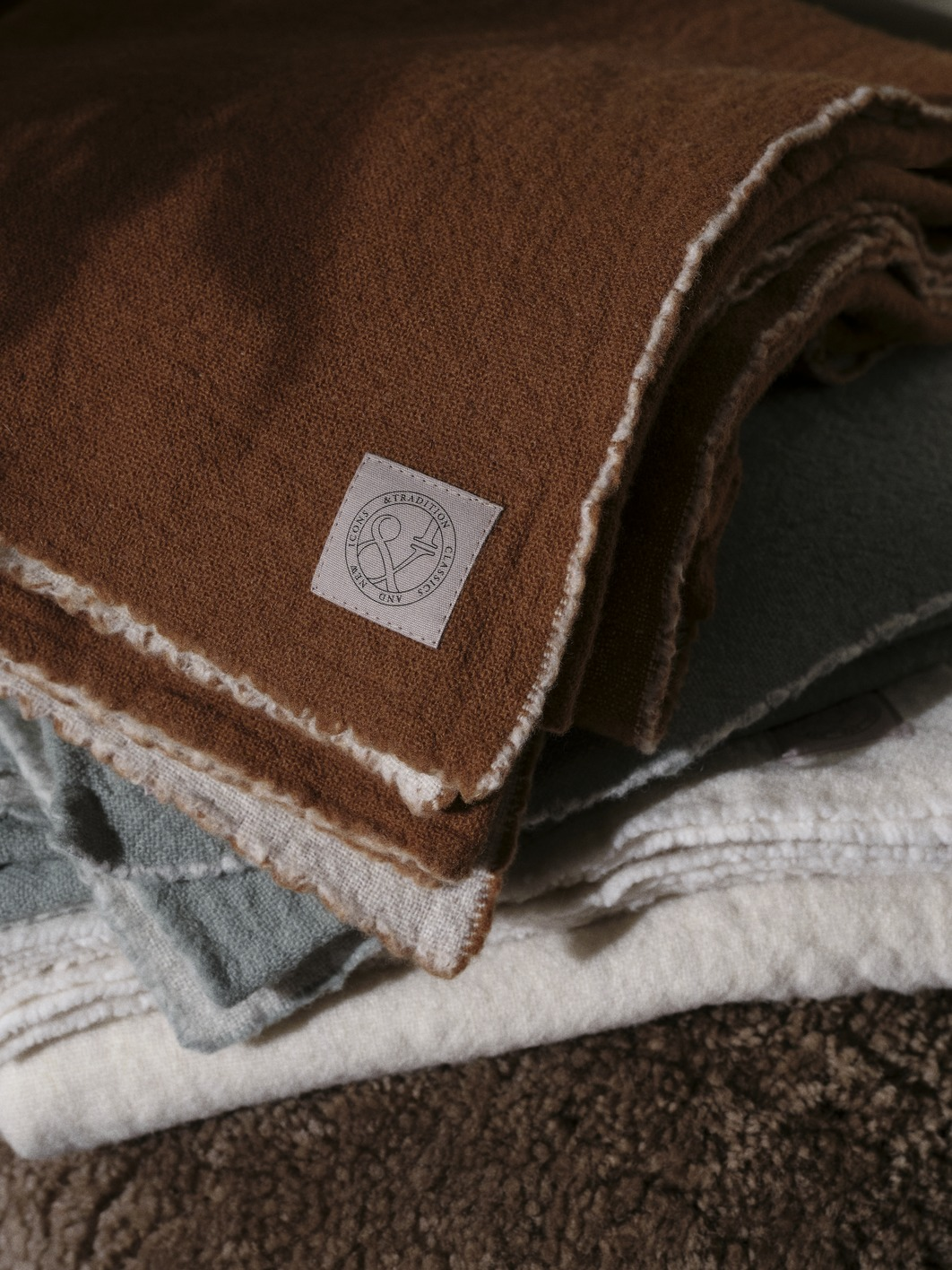 &Tradition Collect Blanket SC34 Cloud & Amber Merino